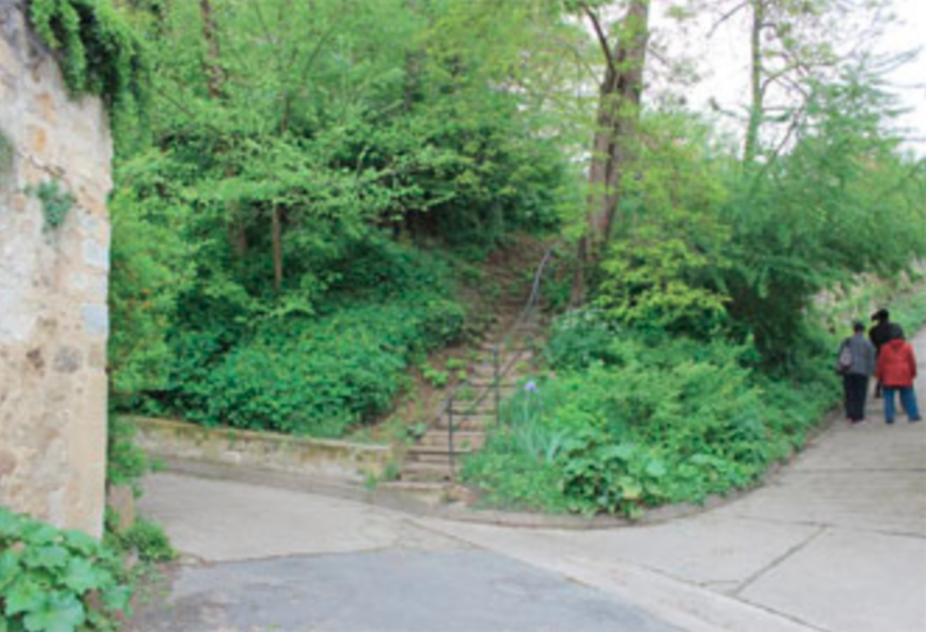 Content Image: Current view of stairway at Auvers. Photo by Alex Roediger. Fair Use
